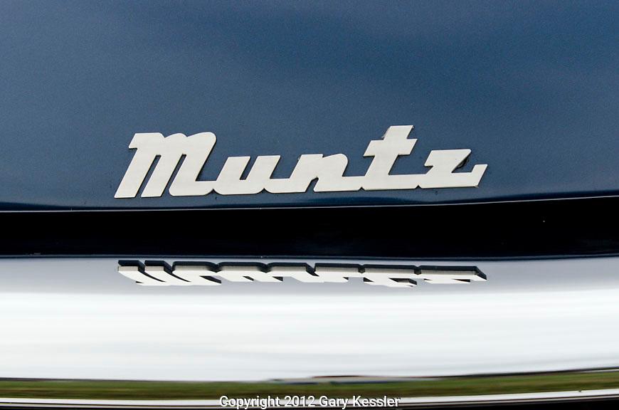 Muntz front logo. Keeneland Concours D'Elegance, Lexington,Ky.