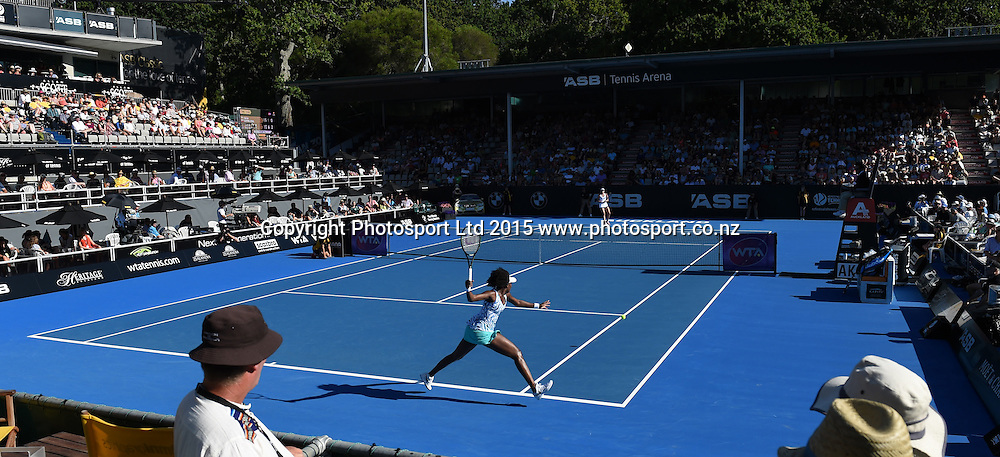 USA's Venus Williams in action during her first round singles match on Day 2 at the ASB Classic WTA International. Auckland, New Zealand. Tuesday 6 January 2015. Copyright photo: Andrew Cornaga/www.photosport.co.nz