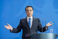 09 JUL 2018, BERLIN/GERMANY:<br /> Li Keqiang, Ministerpraesident der VR China, waehrend einer Pressekonferenz zu den Ergebnissen der Deutsch-Chinesische Regierungskonsultationen, Bundeskanzleramt<br /> IMAGE: 20180709-02-069