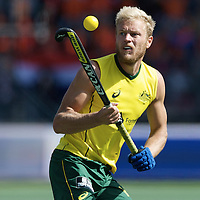 DEN HAAG - Rabobank Hockey World Cup<br /> 38 Final: Australia - Netherlands<br /> Foto: Timothy Deavin (yellow).<br /> COPYRIGHT FRANK UIJLENBROEK FFU PRESS AGENCY