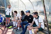 AMSTELVEEN - Hockey - Wedstrijd tussen de JH1 teams, jong senioren, tusssen de mannen van Myra en Rood Wit. (3-5). Veel meisjes, volgens de spelers 'vrouwtjes', om het veld maar ook in de dug-out COPYRIGHT KOEN SUYK
