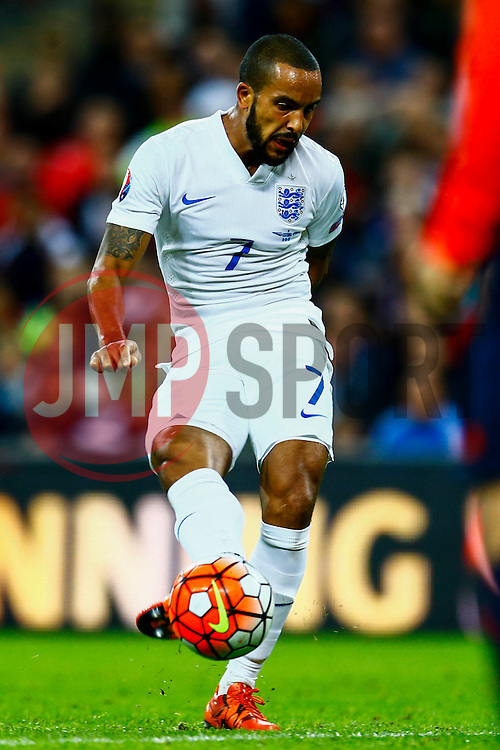 Goal, Theo Walcott of England scores, England 1-0 Estonia - Mandatory byline: Jason Brown/JMP - 07966 386802 - 09/10/2015- FOOTBALL - Wembley Stadium - London, England - England v Estonia - Euro 2016 Qualifying - Group E