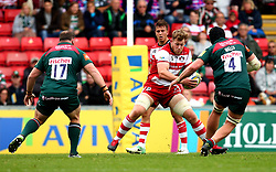 Tom Savage of Gloucester Rugby takes on Harry Wells of Leicester Tigers - Mandatory by-line: Robbie Stephenson/JMP - 16/09/2017 - RUGBY - Welford Road - Leicester, England - Leicester Tigers v Gloucester Rugby - Aviva Premiership