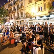 """Torino San Salvario il quartiere è il """"cuore"""" movida serale. Turin, the district of San Salvario is the """"heart"""" Movida night"""