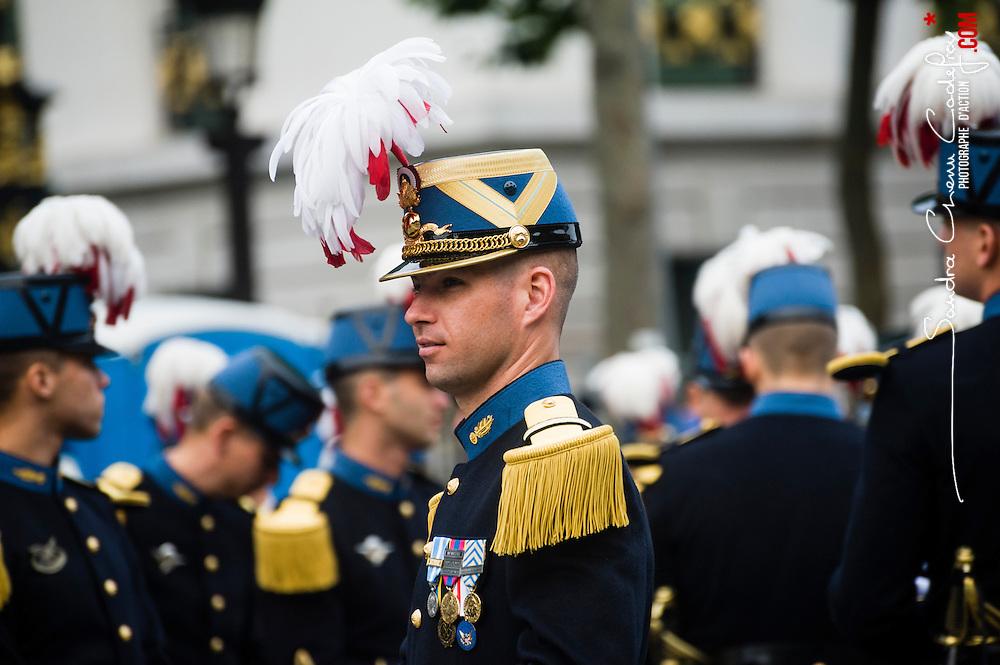 C&eacute;l&eacute;bration du 14 juillet, f&ecirc;te nationale fran&ccedil;aise, mettant &agrave; l'honneur en 2014 le centenaire de la premi&egrave;re guerre mondiale. Pr&eacute;paratifs du d&eacute;fil&eacute; militaire sur les Champs Elys&eacute;es devant le pr&eacute;sident de la R&eacute;publique.<br /> 14 juillet 2014, Paris (75)