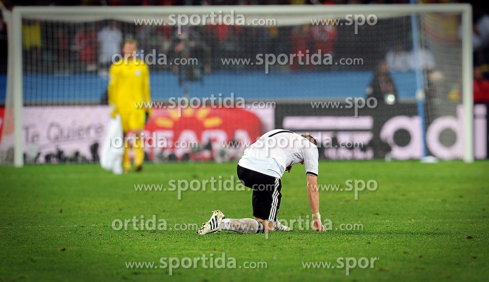 07.07.2010, Moses Mabhida Stadium, Durban, SOUTH AFRICA, Deutschland GER vs Spanien ESP im Bild enttäuscht Bastian Schweinsteiger, EXPA Pictures © 2010, PhotoCredit: EXPA/ InsideFoto/ Perottino *** ATTENTION *** FOR AUSTRIA AND SLOVENIA USE ONLY! / SPORTIDA PHOTO AGENCY