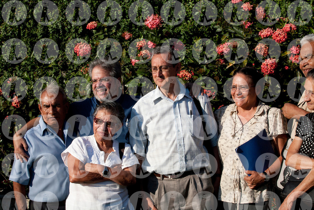 The funeral of Miguel Cavada Diez, charismatic theologian and popular education leader who died in El Salvador on February 6, 2011...Photo Edgar ROMERO/Imagenes Libres.