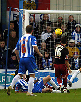 Photo: Olly Greenwood.<br />Colchester United v Stoke City. Coca Cola Championship. 16/12/2006. Stoke's Lee Hendrie misses