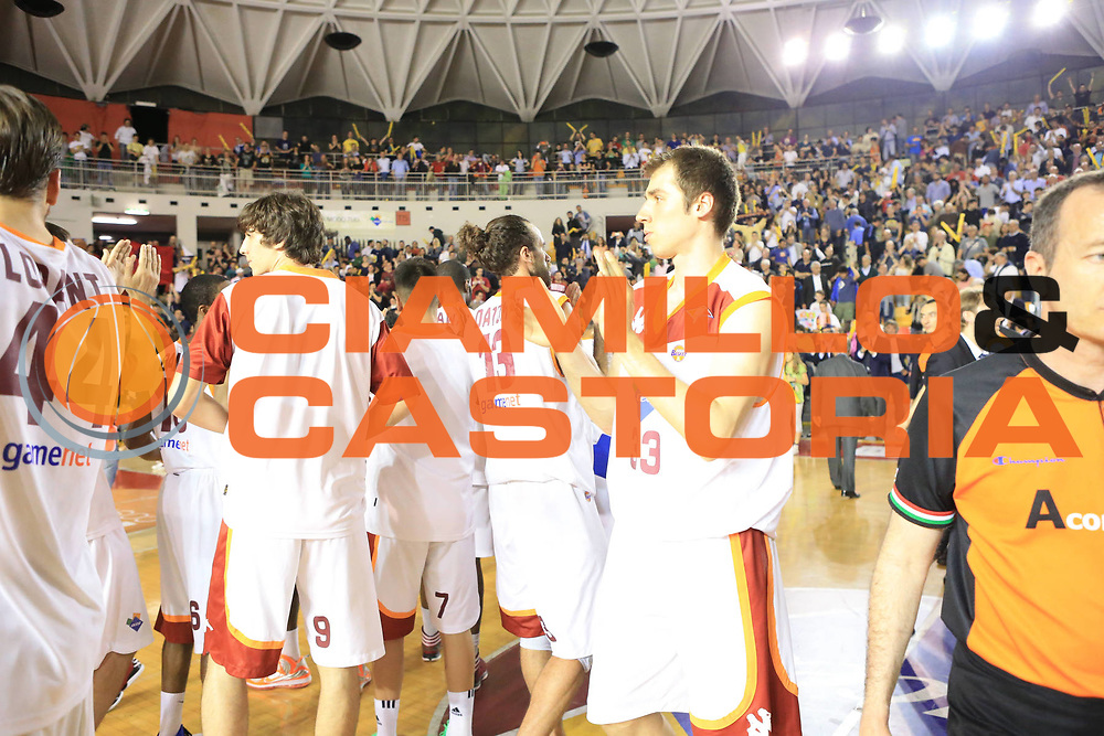 DESCRIZIONE : Roma Lega A 2012-2013 Acea Roma Trenkwalder Reggio Emilia playoff quarti di finale gara 5<br /> GIOCATORE : team<br /> CATEGORIA : esultanza<br /> SQUADRA : Acea Roma<br /> EVENTO : Campionato Lega A 2012-2013 playoff quarti di finale gara 5<br /> GARA : Acea Roma Trenkwalder Reggio Emilia<br /> DATA : 17/05/2013<br /> SPORT : Pallacanestro <br /> AUTORE : Agenzia Ciamillo-Castoria/M.Simoni<br /> Galleria : Lega Basket A 2012-2013  <br /> Fotonotizia : Roma Lega A 2012-2013 Acea Roma Trenkwalder Reggio Emilia playoff quarti di finale gara 5<br /> Predefinita :