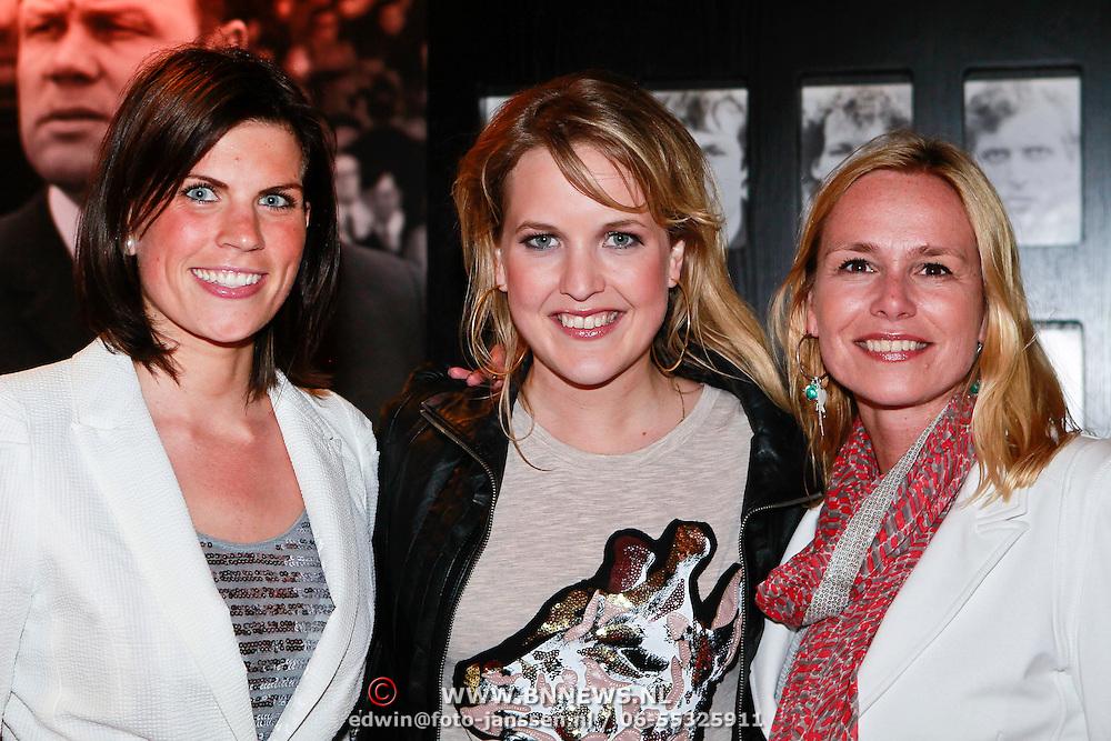 NLD/Amsterdam/20110528 - Toppers in Concert 2011, Leonie Meijer en .....