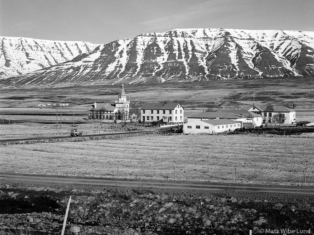 Grund kirkja og sveitabýli, Eyjafjarðarsveit áður Hrafnagilshreppur /  Grund church and farm, Eyjafjardarsveit former Hrafnagilshreppur