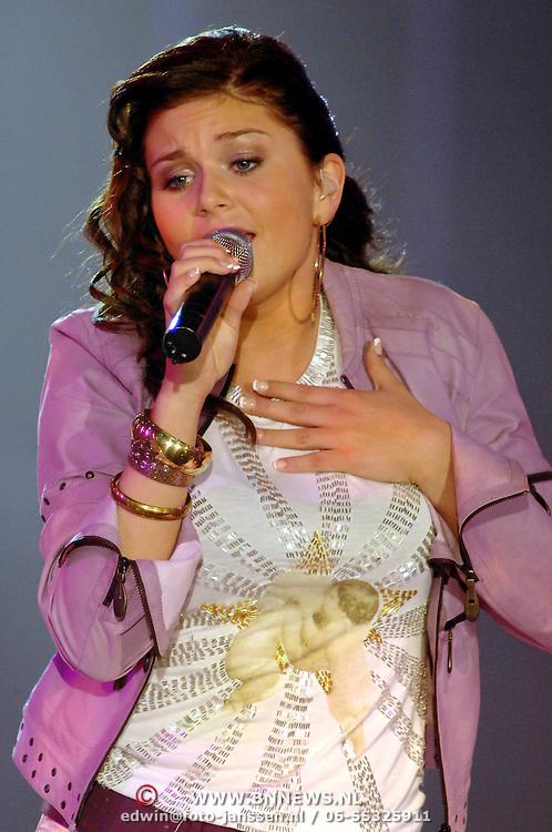 NLD/Hilversum/20070316 - 2e Live uitzending SBS So You Wannabe a Popstar, Roxanne Hazes