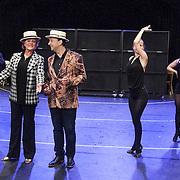 NLD/Amsterdam//20140323 - Perspresentatie musicalbewerking Moeder, Ik Wil Bij De Revu, Jon van Eerd en Simone Kleinsma