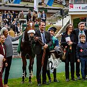 Echiquier Royal (J. Ricou) wins Prix Congress, Steeple-Chase Gr.2, Auteuil, France 04/11/2017, photo: Zuzanna Lupa