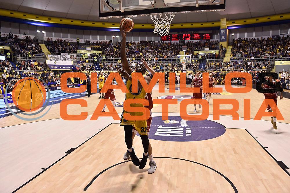 Mbakwe Trevor<br /> FIAT Torino - EA7 Emporio Armani Milano<br /> Lega Basket Serie A 2017-2018<br /> Torino 10/12/2017<br /> Foto M.Matta/Ciamillo & Castoria