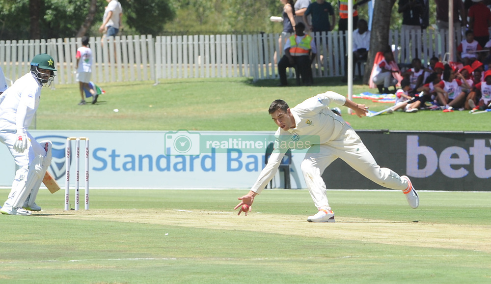 Pretoria 26-12-18. The 1st of three 5 day cricket Tests, South Africa vs Pakistan at SuperSport Park, Centurion. Day 1. South African bowler Duanne Olivier.  <br /> Picture: Karen Sandison/African News Agency(ANA)