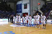 DESCRIZIONE : Cremona Lega A 2014-2015 Vanoli Cremona EA7 Emporio Armani Milano<br /> GIOCATORE : Team Cremona<br /> SQUADRA : Vanoli Cremona<br /> EVENTO : Campionato Lega A 2014-2015<br /> GARA : Vanoli Cremona EA7 Emporio Armani Milano<br /> DATA : 11/10/2014<br /> CATEGORIA : Before Pregame Inno Nazionale<br /> SPORT : Pallacanestro<br /> AUTORE : Agenzia Ciamillo-Castoria/F.Zovadelli<br /> GALLERIA : Lega Basket A 2014-2015<br /> FOTONOTIZIA : Cremona Campionato Italiano Lega A 2014-15 Vanoli Cremona EA7 Emporio Armani Milano<br /> PREDEFINITA : <br /> F Zovadelli/Ciamillo