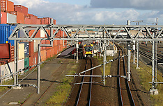 Auckland-Serious injuries after falling under train, Otahuhu