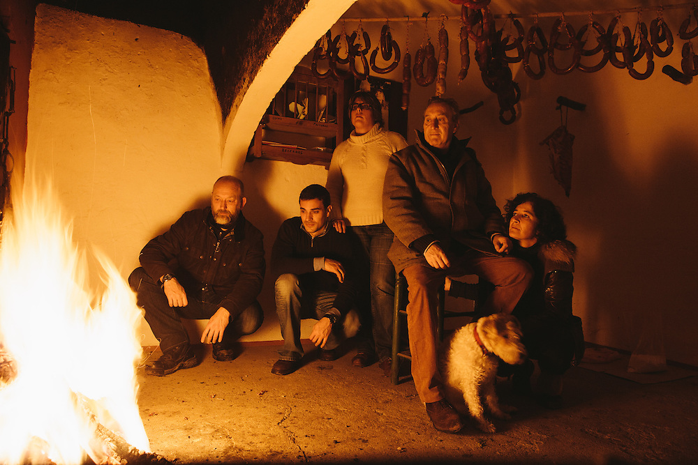 From left to right: Food writer Tim Hayward, Sergio Venegas, María Escudero, Felipe Pérez Corcho and María Dolores in a smoke room at Finca Al Cornocal, Extramadura (Barajoz Province), Spain.