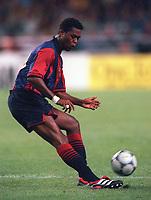 Patrick Kluivert - Barcelona. Arsenal v FC Barcelona, The Amsterdam Tournament, Amsterdam Arena, Holland, 3/8/2000. Credit Colorsport / Stuart MacFarlane.
