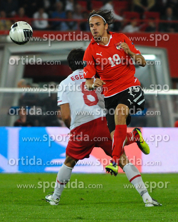 06.09.2011, Ernst Happel Stadion, Wien, AUT, UEFA EURO 2012, Qualifikation, Oesterreich (AUT) vs Tuerkei (TUR), im Bild Zweikampf zwischen Martin Harnik, (AUT, #19) und Egemen Korkmaz, (TUR, #8) // during the UEFA Euro 2012 Qualifier Game, Austria vs Turkey, at Ernst Happel Stadium, Vienna, 2011-09-06, EXPA Pictures © 2011, PhotoCredit: EXPA/ M. Gruber