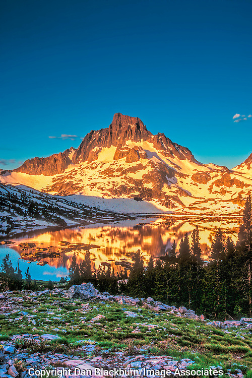 Sunrise on Mt. Banner and Thousand Island Lake in the Sierra Nevada California<br />