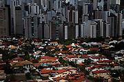 Belo Horizonte_MG, Brasil.<br /> <br /> Vista do bairro Belvedere em Belo Horizonte, Minas Gerais.<br /> <br /> Belvedere neighborhood in Belo Horizonte, Minas Gerais.<br /> <br /> Foto: JOAO MARCOS ROSA / NITRO