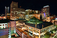 Downtown Portland featuring Pioneer Place (shopping center)