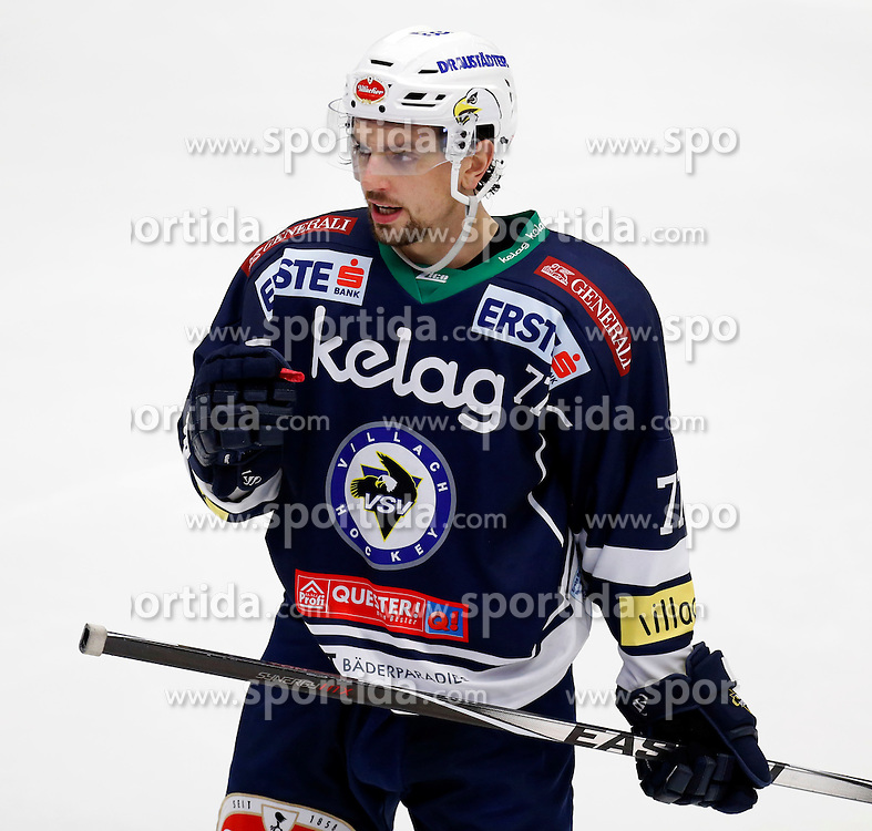 09.10.2015, Stadthalle, Villach, AUT, EBEL, EC VSV vs HC Orli Znojmo, 9. Runde, im Bild Florian Muehlstein (VSV) // during the Erste Bank Icehockey League 9th round match between EC VSV vs HC Orli Znojmo at the City Hall in Villach, Austria on 2015/10/09, EXPA Pictures © 2015, PhotoCredit: EXPA/ Oskar Hoeher