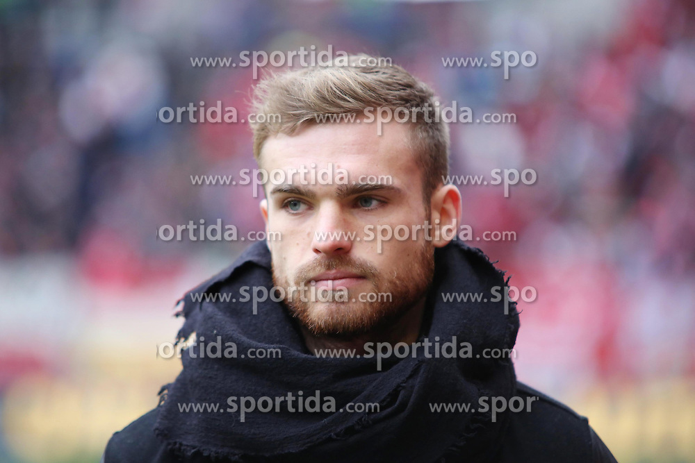 19.01.2013, Coface Arena, Mainz, GER, 1. FBL, 1. FSV Mainz 05 vs SC Freiburg, 18. Runde, im Bild Jan Kirchhoff (Mainz) // during the German Bundesliga 18th round match between 1. FSV Mainz 05 and SC Freiburg at the Coface Arena, Mainz, Germany on 2013/01/19. EXPA Pictures © 2013, PhotoCredit: EXPA/ Eibner/ Matthias Neurohr..***** ATTENTION - OUT OF GER *****
