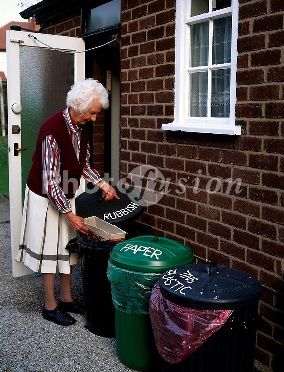 Segregation of household waste for doorstep recycling UK