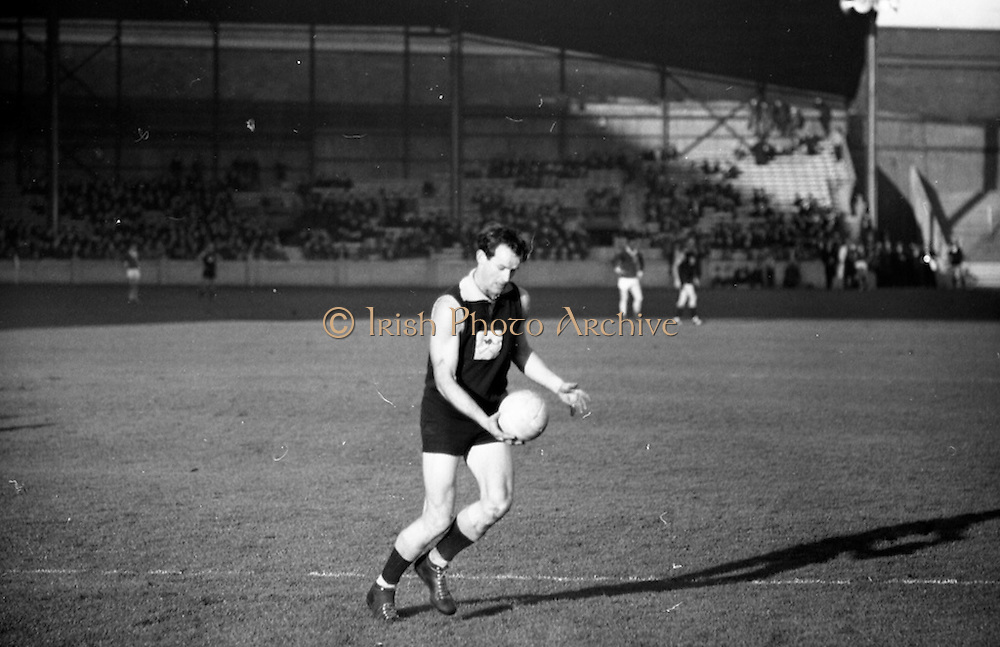 4/11/1967<br /> 11/4/1967<br /> 4 November 1967<br /> <br /> The Mayo Team played the Australian team at Croke Park<br /> <br /> Australian Forward Roy Haet Punches the ball past two Mayo Backs