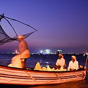 Haven van Kochi bij avond, Zuid India