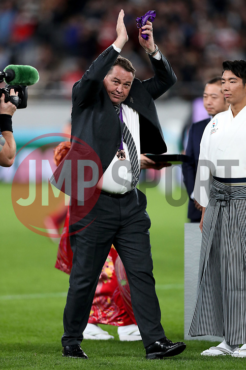 Steve Hansen - New Zealand head coach waves to the fans after receiving his 'Bronze medal' in his last game in charge of the All Blacks.<br /> New Zealand v Wales, Rugby World Cup, Bronze Final, Tokyo Stadium, Tokyo, Japan, Saturday 1st November 2019. ***Please credit: Fotosport/David Gibson***