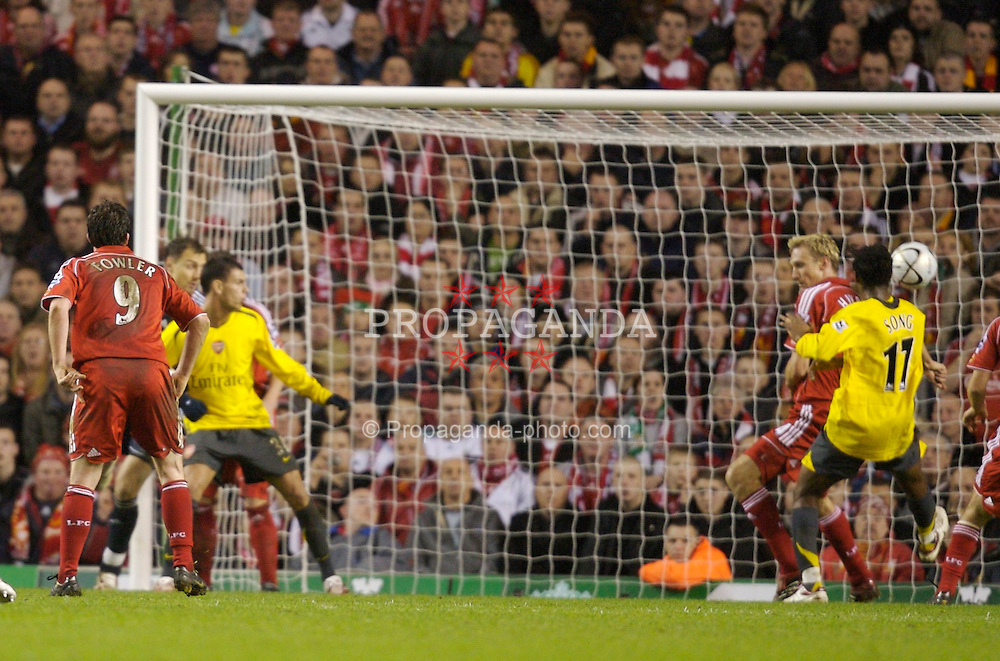 Liverpool, England - Tuesday, January 9, 2007: Arsenal's Alexandre Song Billong scores the third goal against Liverpool during the League Cup Quarter-Final match at Anfield. (Pic by David Rawcliffe/Propaganda)