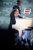 Jay-Z and Alicia Keys duet