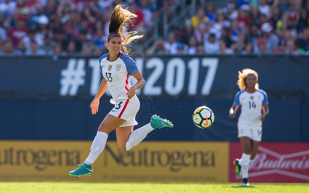 SAN DIEGO, CALIFORNIA - JULY 30: United States forward Alex Morgan (13) kicks the ball in the air versus Brazil in the Tournament of Nations at Qualcomm Stadium in San Diego, CA. (Christopher Mast/Japan Media Agency)