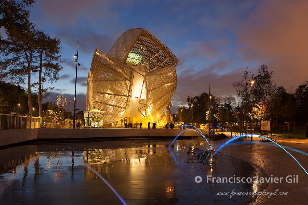 Louis Vuitton foundation, Bois de Boulogne, Paris, Ile-de-France, France