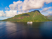 Opuhunu Bay, Moorea, Paul  Gauguin Cruise Ship,  French Polynesia, South Pacific