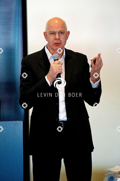 ALKMAAR - In het AZ Stadion is de NNP dag 2013 gehouden. Met op de foto  AZ-Directeur Toon Gerbrands. FOTO LEVIN DEN BOER - PERSFOTO.NU