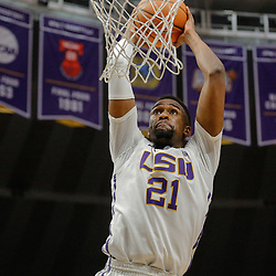Feb 20, 2018; Baton Rouge, LA, USA; LSU Tigers forward Aaron Epps (21) dunks against the Vanderbilt Commodores during the second half at the Pete Maravich Assembly Center. LSU defeated Vanderbilt 88-78. Mandatory Credit: Derick E. Hingle-USA TODAY Sports