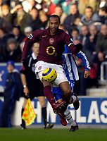 Photo: Jed Wee.<br />Wigan Athletic v Arsenal. The Barclays Premiership.<br />19/11/2005.<br />Arsenal's Thierry Henry in full flow.