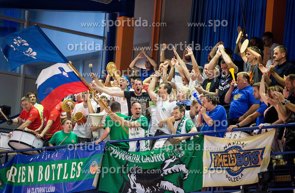Supporters Green Bottles of Zlatorog during 2nd Leg basketball match between KK Helios Suns and KK Zlatorog Lasko in Final of Nova KBM Champions League  2015/16, on May 31, 2016 in Hala Komunalnega centra, Domzale, Slovenia Photo by Vid Ponikvar / Sportida