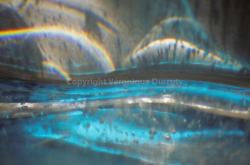 Sparkling water // eau pétillante