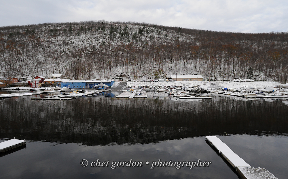 GREENWOOD LAKE, NY.  Snow covered boats and landscape near Defeo's Marina in Greenwood Lake, NY on Thursday morning, November 8, 2012. Thousands remain without power in the Hudson Valley region of New York as a Nor' Easter storm passed through the Northeast, one week after Hurricane Sandy.  © Chet Gordon/THE IMAGE WORKS