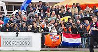 AERDENHOUT - 09-04-2012 - Veel publiek, maandag tijdens de finale tussen Nederland Jongens B en Spanje Jongens B  (3-1) , tijdens het Volvo 4-Nations Tournament op de velden van Rood-Wit in Aerdenhout. Jongens U16 wordt kampioen.FOTO KOEN SUYK