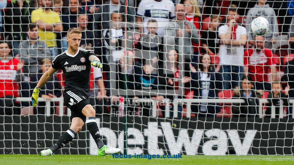 Daniel Bentley of Brentford during the Sky Bet Championship match between Middlesbrough and Brentford at the Riverside Stadium, Middlesbrough<br /> Picture by Mark D Fuller/Focus Images Ltd +44 7774 216216<br /> 30/09/2017