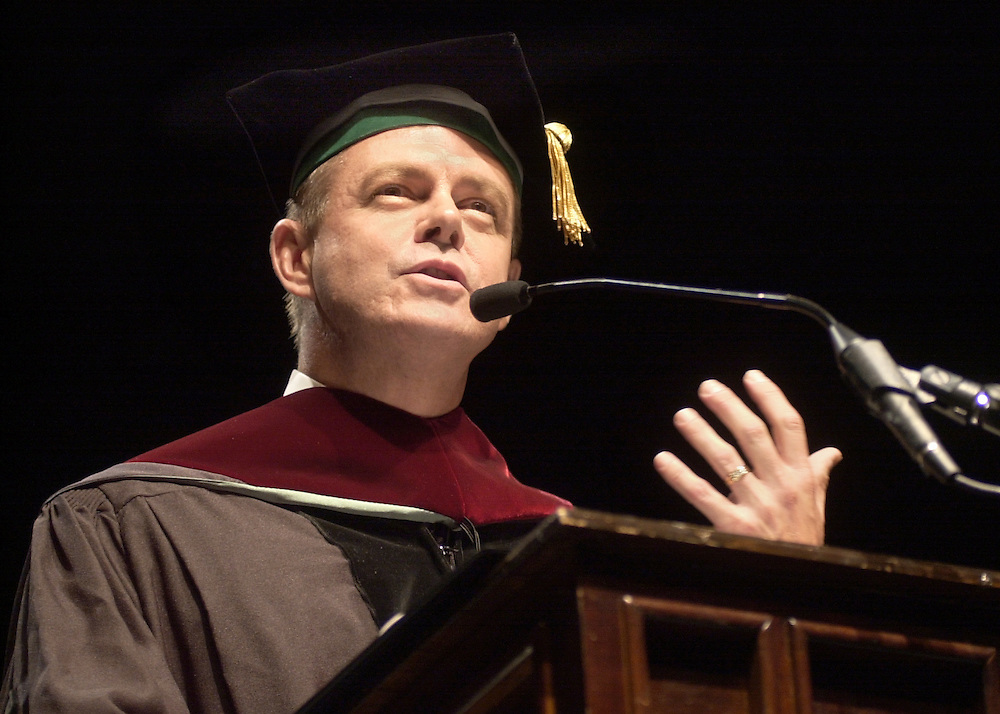Undergraduate Commencement 2003 : Martin Savidge Speaking
