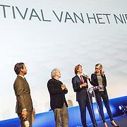 NLD/Hilversum/20160110 - NOS Journaal bestaat60 jaar en viert dit met Festival van het Nieuws, Rik van de Westelaken, burgemeester van Hilversum Pieter Broertjes, directeur Nos Jan de Jong, Dionne Stax