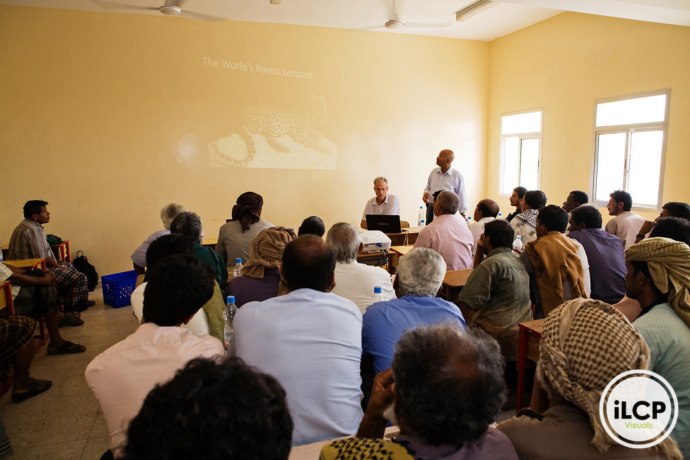 Arabian Leopard (Panthera pardus nimr) researcher David Stanton giving presentation to locals about the plight of the leopard, Hawf Protected Area, Yemen